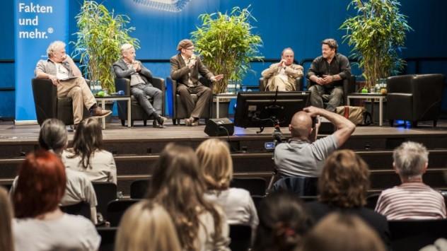 v.l.n.r.: M. Wegner (Stadtrevue), M. Wulf (RTL), H. Haarkötter (HMKW), D. Leder (KhM), H. Prothmann (Blogger)