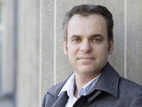 HMKW-Journalismus-Professor F. Überall